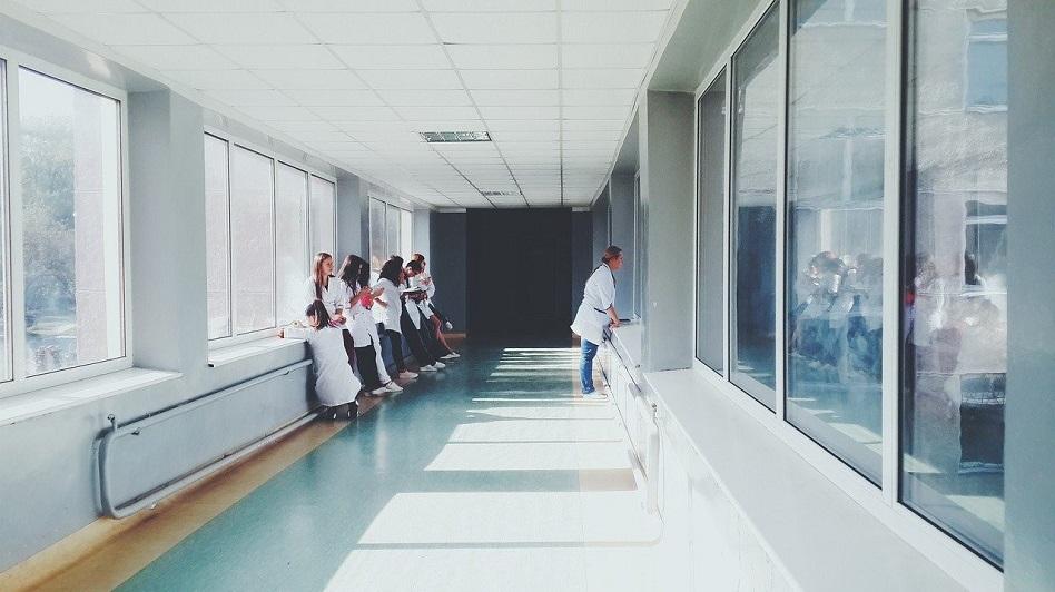 limpieza profesional para hospitales y residencias